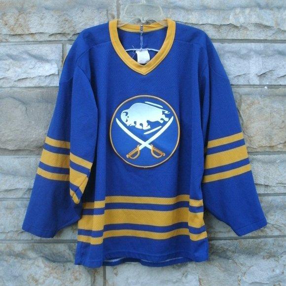 Vintage Buffalo Sabres NHL Hockey Jersey